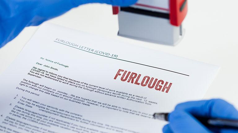 """Oszustwa w ramach Job Retention Scheme czyli """"furlough"""" – wszystko, co musisz wiedzieć."""