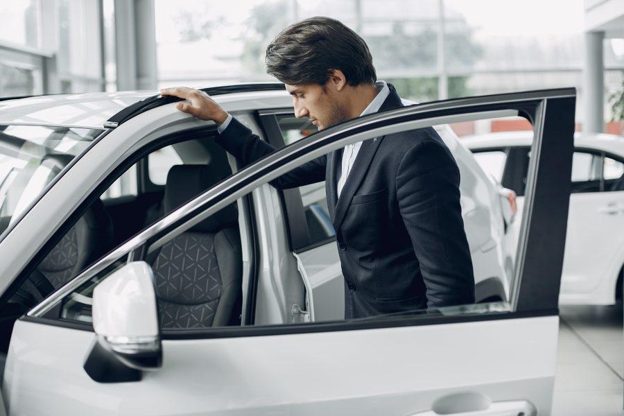 Samochód na firmę – koszty spółki czy kłopot?